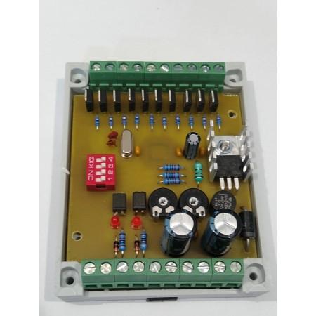 Riadiaca elektronika na postupné rozsvietenie až 10 schodov