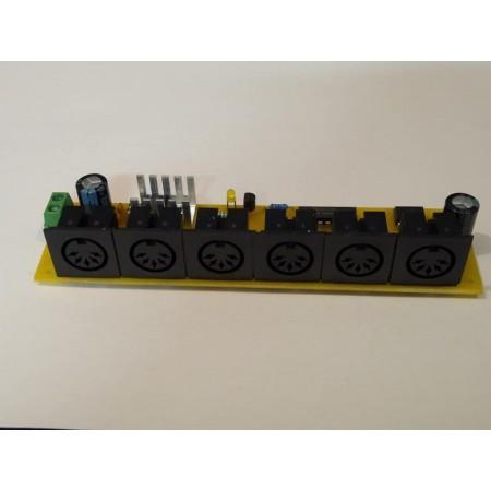 MIDI splitter 5x OUT